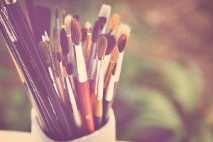 paint_brushes_orange